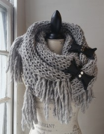 Pewter Soho Cowl with Pebble Black Gate